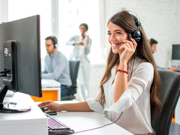salesforce bolivia servicio al cliente crm